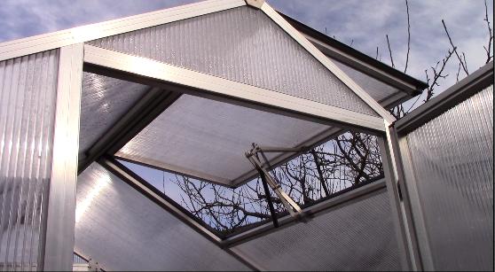 botanicum gmbh der automatische fensterheber f r gew chsh user dachfenster hilft berhitzung. Black Bedroom Furniture Sets. Home Design Ideas